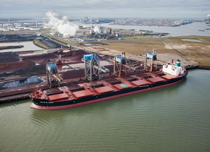 Differentiate bulk cargo vessels by size